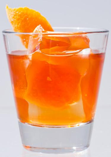 54d59271a1cfd_-_esq-inn-fashion-cocktail-102912-xlg