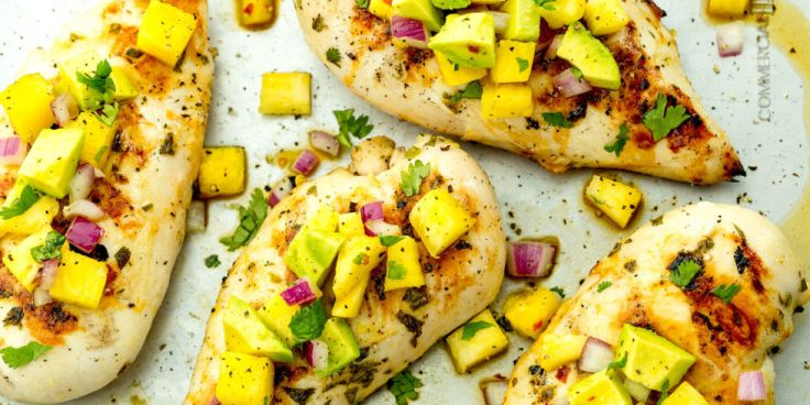 landscape-1464124241-delish-grilled-chicken-pineapple-salsa